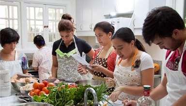 Lựa chọn cơ sở đào tạo Cao đẳng nấu ăn uy tín tại Hà Nội