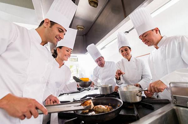 Ở một đầu bếp trẻ nhà tuyển dụng cần gì ở bạn?